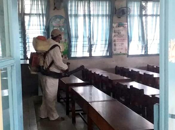 Khánh Hòa cho học sinh nghỉ học để phòng corona, chờ thông báo mới - Ảnh 1.