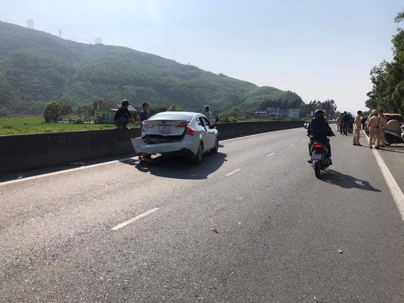 Chặn bắt xe hơi, đánh án ma túy khủng trên quốc lộ 1 - Ảnh 2.