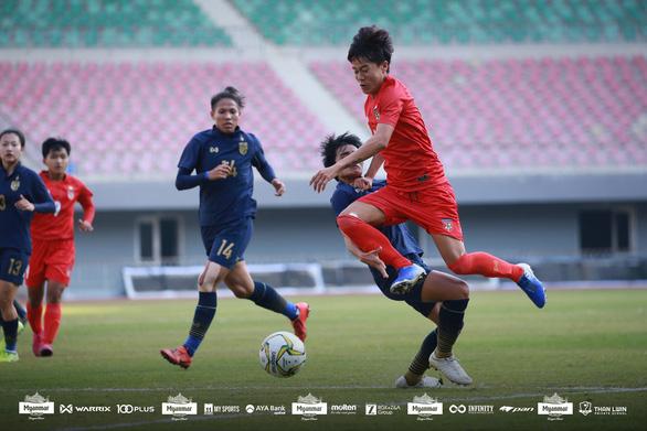 HLV Mai Đức Chung tiếc vì không có dịp cọ xát cùng đội tuyển nữ Triều Tiên - Ảnh 3.