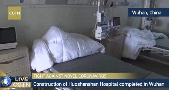 Trung Quốc xây xong bệnh viện dã chiến 1.000 giường ở Vũ Hán sau 10 ngày - Ảnh 9.