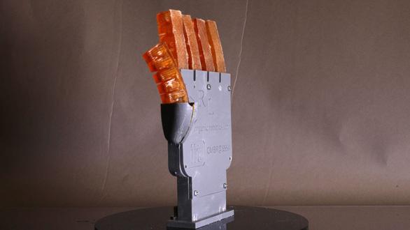Lần đầu tạo ra robot có thể thoát 'mồ hôi' - Ảnh 2.