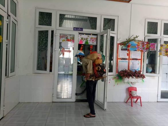 Đà Nẵng: Cho học sinh nghỉ học, dừng lễ khởi công 2 dự án để lo chống dịch - Ảnh 1.