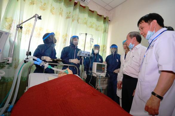 Bệnh viện Trung ương Huế sẵn sàng biến thành khu cách ly điều trị virus corona - Ảnh 1.