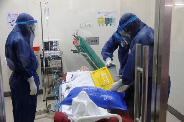 Bệnh viện Trung ương Huế sẵn sàng biến thành khu cách ly điều trị virus corona - Ảnh 2.