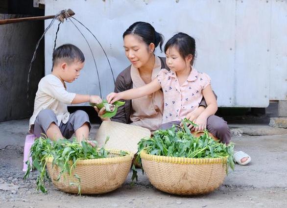 Sau khiếu nại 4 tỉ bản quyền, MV Gánh mẹ của Lý Hải Production bị YouTube gỡ - Ảnh 2.