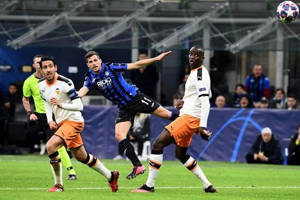 Đè bẹp Valencia, Atalanta đặt một chân vào tứ kết Champions League - Ảnh 3.