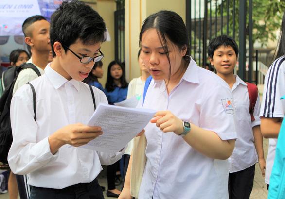 Hà Nội thi tuyển lớp 10 đầu tháng 6-2020 - Ảnh 1.