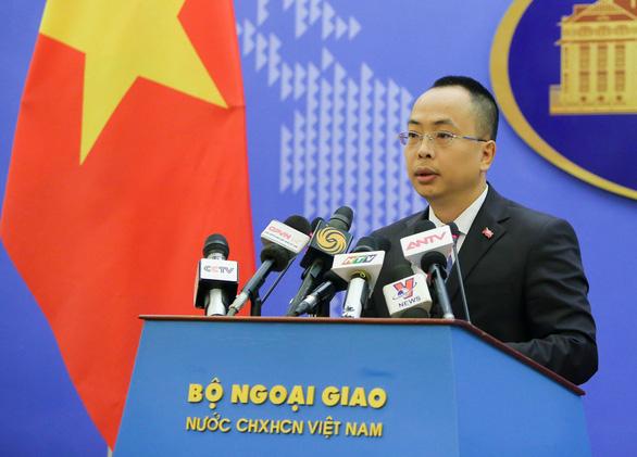Việt Nam lên tiếng việc Mỹ đưa ra khỏi danh sách quốc gia đang phát triển - Ảnh 1.