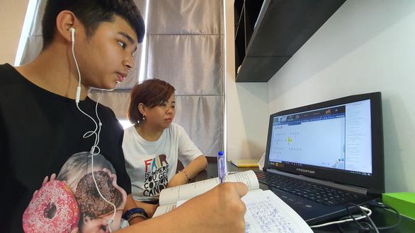 Bộ GD-ĐT xem xét phương án cho đi học lại từ ngày 2-3 - Ảnh 1.