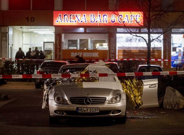 Đức: Xả súng vào quán shisha, ít nhất 8 người chết - Ảnh 2.
