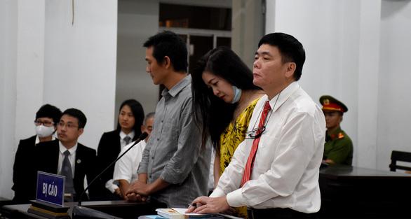 Tòa phúc thẩm giữ nguyên án phạt về tội trốn thuế với vợ chồng luật sư Trần Vũ Hải - Ảnh 1.