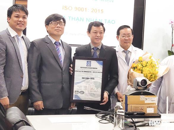 Lần đầu tiên đơn vị của bệnh viện Việt Nam có chứng nhận ISO 9001:2015 - Ảnh 2.