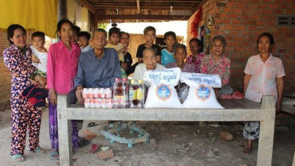 Cuộc đoàn tụ nghẹn ngào sau 47 năm thất lạc của 3 chị em trên dưới 100 tuổi - Ảnh 2.