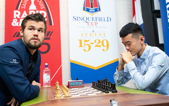 Thể thao Trung Quốc đi tị nạn - Ảnh 1.