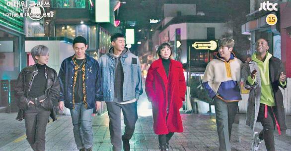 Itaewon Class: Sự quyến rũ của tuổi trẻ kiên định, liều   lĩnh - Ảnh 4.