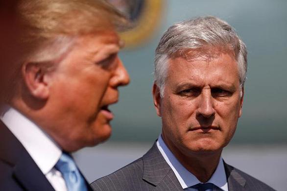Cố vấn an ninh Mỹ bác tin Nga can thiệp bầu cử tổng thống 2020 - Ảnh 1.