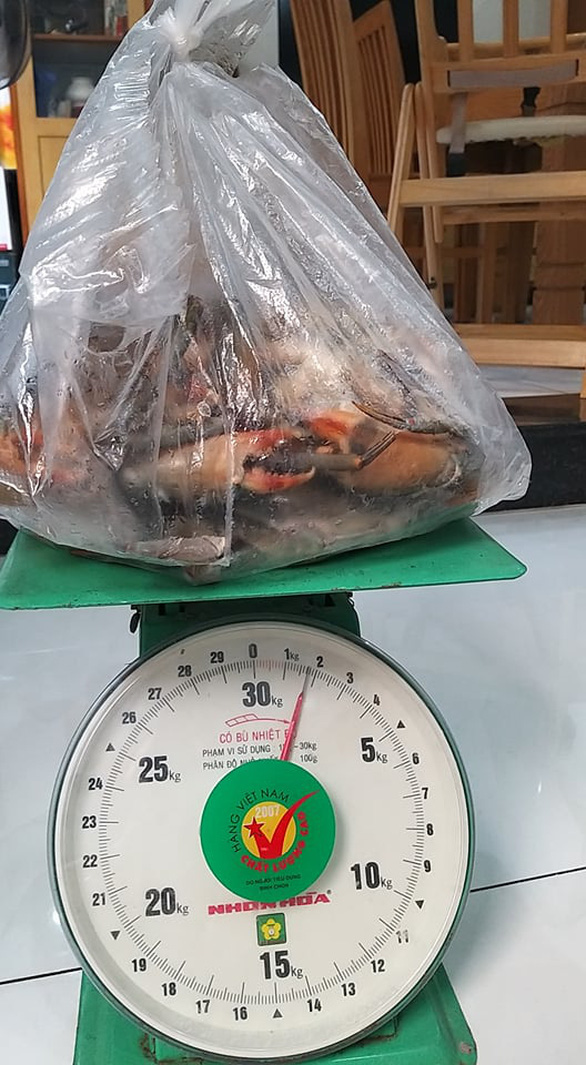Xài 1,5kg dây bự chảng để trói… 6 con cua bé bé - Ảnh 4.