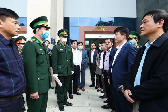 Hà Nội đề nghị cách ly người đến từ vùng dịch Hàn Quốc, Nhật Bản 14 ngày - Ảnh 3.