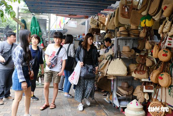 Đà Nẵng kiểm soát du khách tới từ Hàn Quốc như vùng có dịch - Ảnh 1.