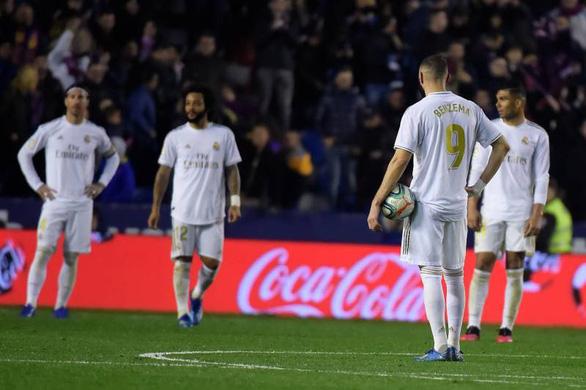 Ngã ngựa trước Levante, Real Madrid lỡ cơ hội tái chiếm ngôi đầu - Ảnh 1.