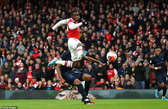 Aubameyang lập cú đúp, Arsenal thắng nghẹt thở Everton - Ảnh 2.
