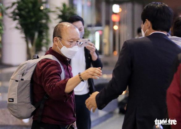 Bộ Y tế lý giải chuyện ông Park Hang Seo không bị cách ly - Ảnh 1.