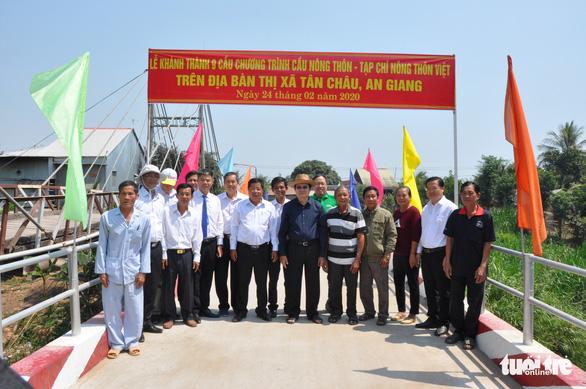Khánh thành 25 cây cầu do nguyên Chủ tịch nước Trương Tấn Sang vận động tài trợ - Ảnh 1.
