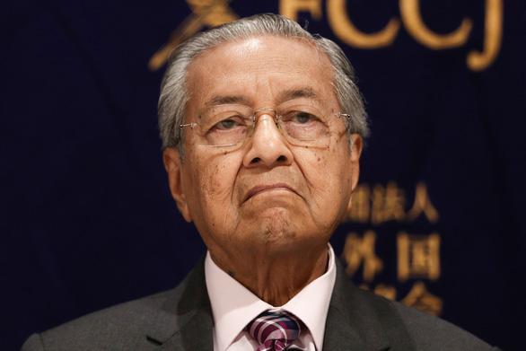 Ông Mahathir được giữ lại làm thủ tướng lâm thời - Ảnh 1.