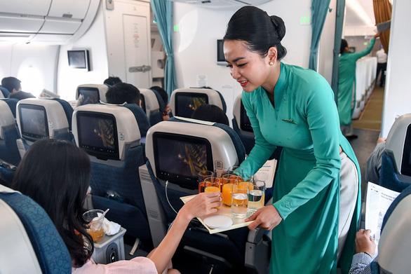 1.500 tiếp viên cơ hữu Vietnam Airlines đăng ký nghỉ không lương - Ảnh 1.