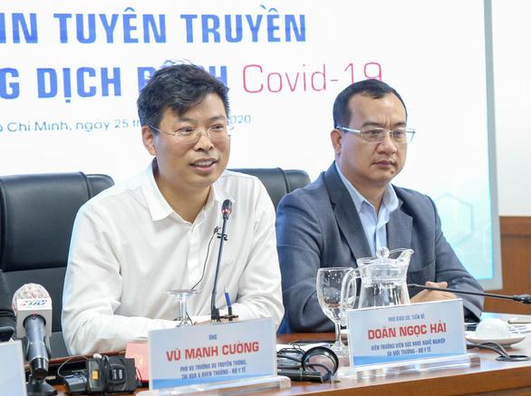 Hướng dẫn phòng, chống COVID-19 toàn tiếng Việt, người Hàn Quốc lúng túng - Ảnh 4.