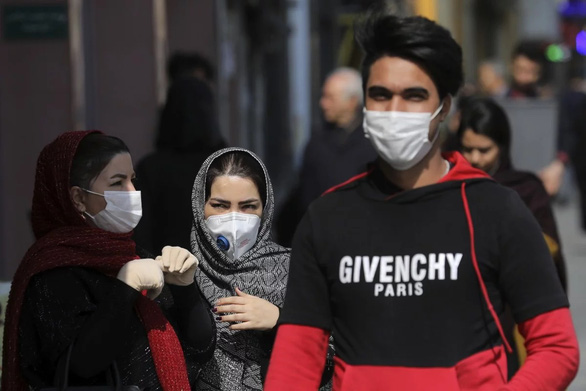 Virus corona nhiều khả năng đã có mặt khắp Iran - Ảnh 1.