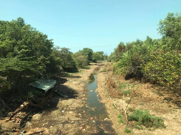 Tháng 3 hạn mặn tại Nam Bộ đạt đỉnh, miền Tây thiếu nước ngọt trầm trọng - Ảnh 1.