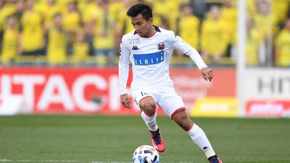 Thái Lan có thể mất 4 ngôi sao đang thi đấu ở Nhật tại vòng loại World Cup 2022 vì COVID-19 - Ảnh 1.