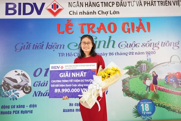 BIDV Chợ Lớn trao giải Gửi tiết kiệm Xanh, cuộc sống trong lành - Ảnh 2.