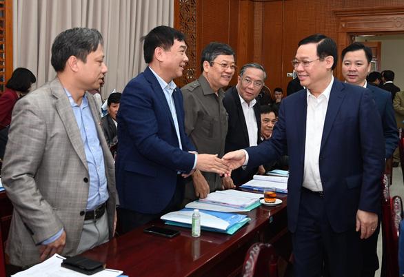 Bí thư Hà Nội Vương Đình Huệ: Bảo vệ được Hà Nội trước dịch COVID-19 là bảo vệ cho cả nước - Ảnh 1.