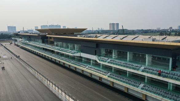 Đường đua F1 Việt Nam đã hoàn thành thi công - Ảnh 2.