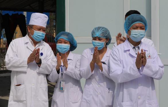 Bác sĩ trẻ lên tuyến đầu chống dịch - Ảnh 3.