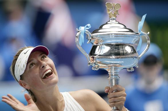Sharapova mang đi tình yêu và sự thù ghét, để lại những tranh cãi - Ảnh 1.