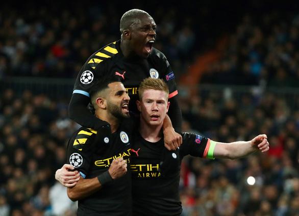 De Bruyne hóa thánh, Man City thắng ngược Real Madrid tại Bernabeu - Ảnh 1.