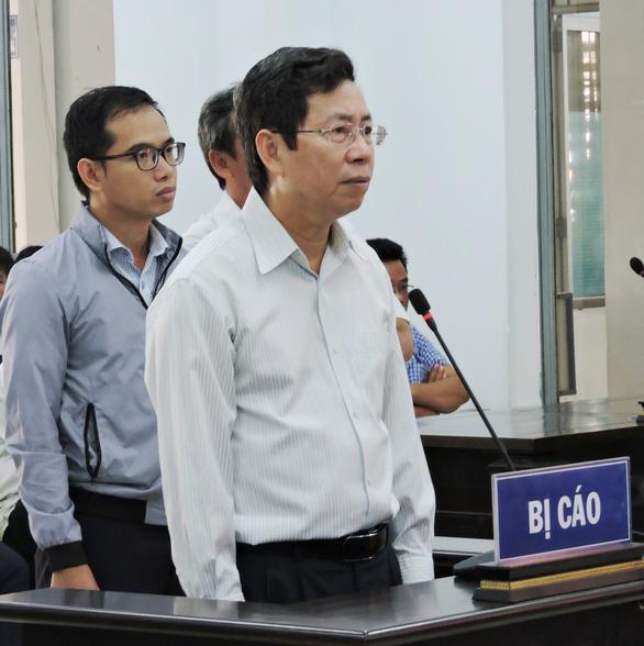 Phó chủ tịch TP Nha Trang và 4 bị cáo được đề nghị án treo - Ảnh 2.