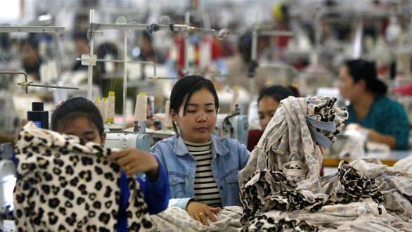 Campuchia: 200 nhà máy có thể ngừng hoạt động vì ảnh hưởng COVID-19 - Ảnh 1.