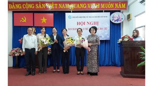 Phó trưởng Ban dân vận Thành ủy TP.HCM làm chủ tịch Hội LH phụ nữ TP - Ảnh 1.