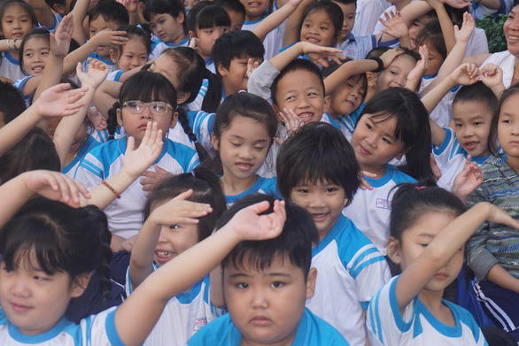 TP.HCM không thu học phí khi học sinh nghỉ học vì COVID-19 - Ảnh 1.