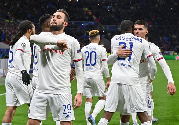 Ronaldo mất hút trên sân, Juventus phơi áo trước Lyon - Ảnh 1.