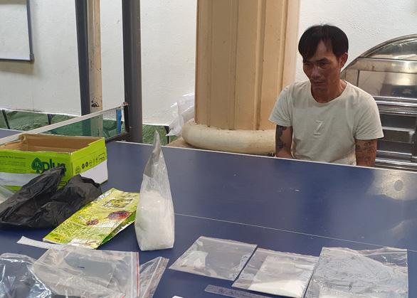 Mua cả ký ma túy từ TP.HCM  về Kiên Giang bán lẻ - Ảnh 1.