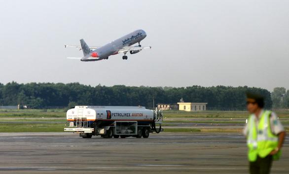 Các hãng hàng không Việt Nam có nguy cơ giảm doanh thu 25.000 tỉ - Ảnh 2.