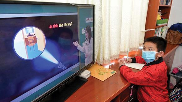 Học trực tuyến thời CoVID-19: Cuộc thử lửa bất ngờ ở Trung Quốc - Ảnh 1.