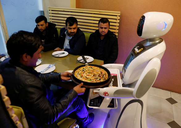 Robot đang phá vỡ mô hình tăng trưởng châu Á - Ảnh 1.