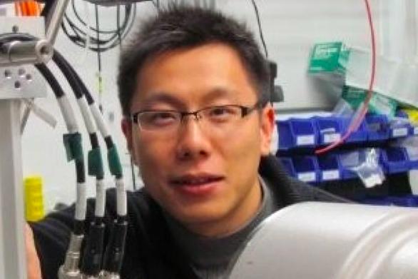 Mỹ tuyên 2 năm tù với nhà khoa học Trung Quốc lấy cắp bí mật thương mại - Ảnh 1.