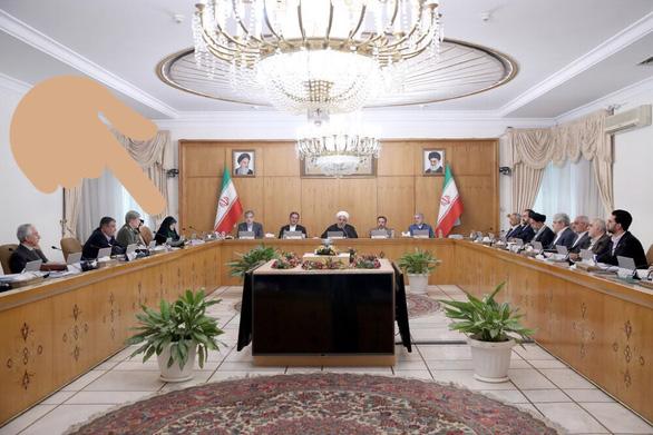 BBC Ba Tư nói 210 người Iran chết vì COVID-19, Tehran phản ứng gay gắt - Ảnh 2.